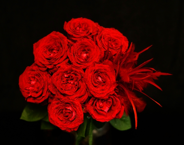 真っ赤なバラがメインのブーケ